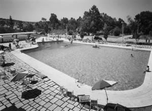 11_horacio-novais-piscina-campismo-monsanto-1966