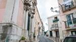 A igreja do Coleginho fica na Rua do Marquês de Ponte de Lima, em Lisboa FÁBIO PINTO/OBSERVADOR